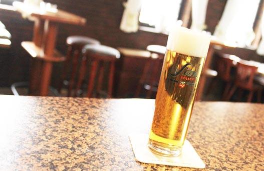 koelsch-kunden-produktfoto-beratung-marketing-opulheim-stommeln-trinken
