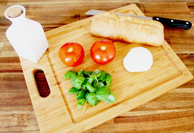 Socialgastro Restaurant Marketing stellt heute das Rezept der Woche Vorspeise Caprese vor.