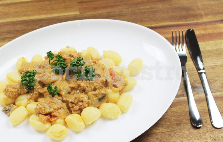 Gnocchi als Produktfotografie Beispiel für Restaurant Marketing.