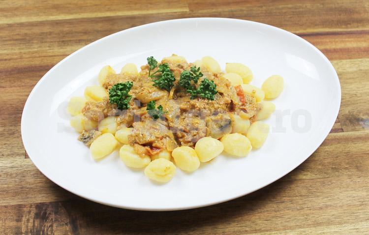 Socialgastro Marketing für Restaurants zeigt in Beispiele für Produktfotografien am Beispiel Gnocchi nicht nachbearbeitet.
